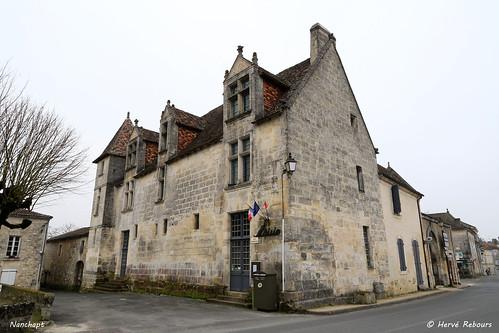 24 La Tour-Blanche - Nanchapt