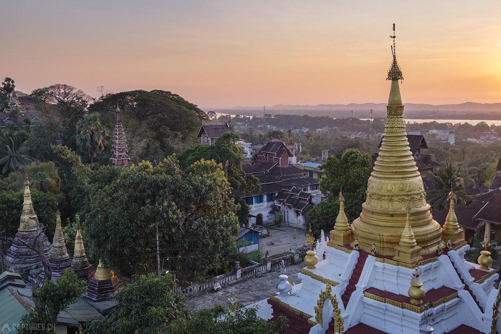 Sunset Thingaha Pagoda - Mawlamyaing