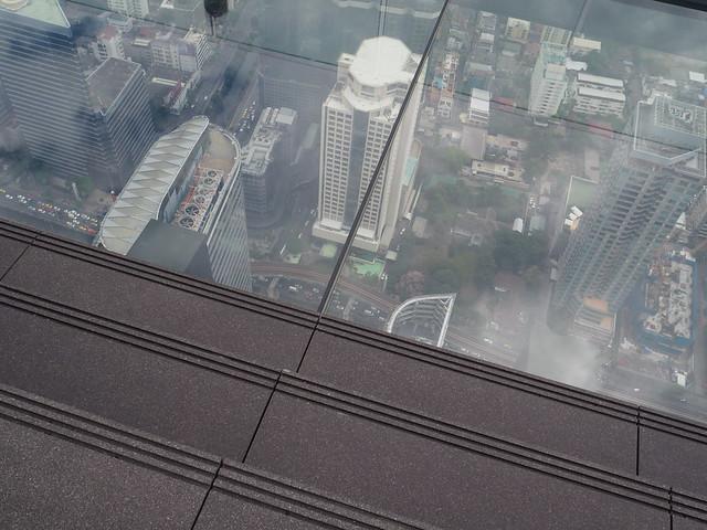 P1030917 マハナコン スカイウォーク(Mahanakhon Skywalk) 超高層展望台 Bangkok バンコク ひめごと