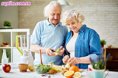 Sau khi đặt stent, người bệnh cần có chế độ ăn uống khoa học giảm chất béo xấu, tăng thực phẩm chống viêm, ngăn tái tắc hẹp mạch vành, không gây ảnh hưởng thuốc điều trị