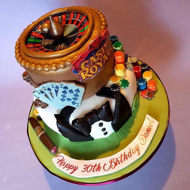 Cake by Lescinschi's Cakes