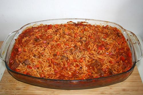 51 - Auflaufform erneut entnehmen / Take casserole out of oven
