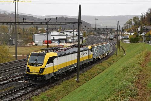 SRT Rem 487 001 @ Zwingen