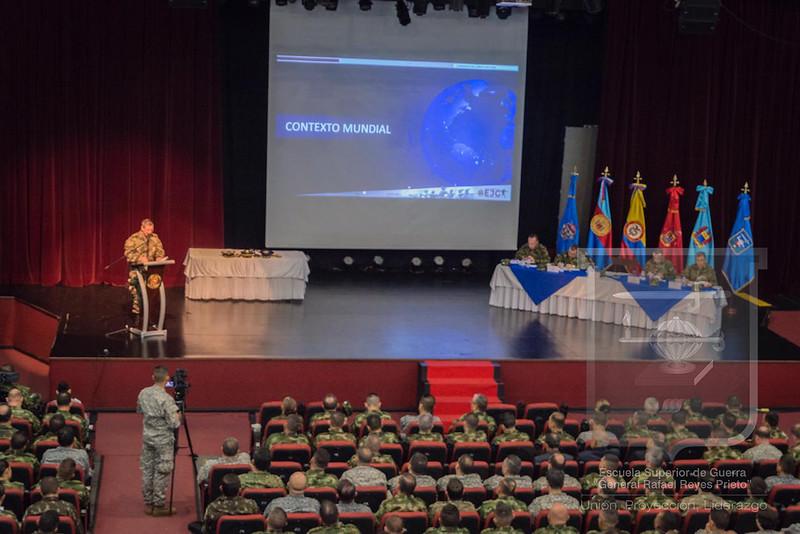 Cátedra Colombia con el Comandante del Ejército Nacional