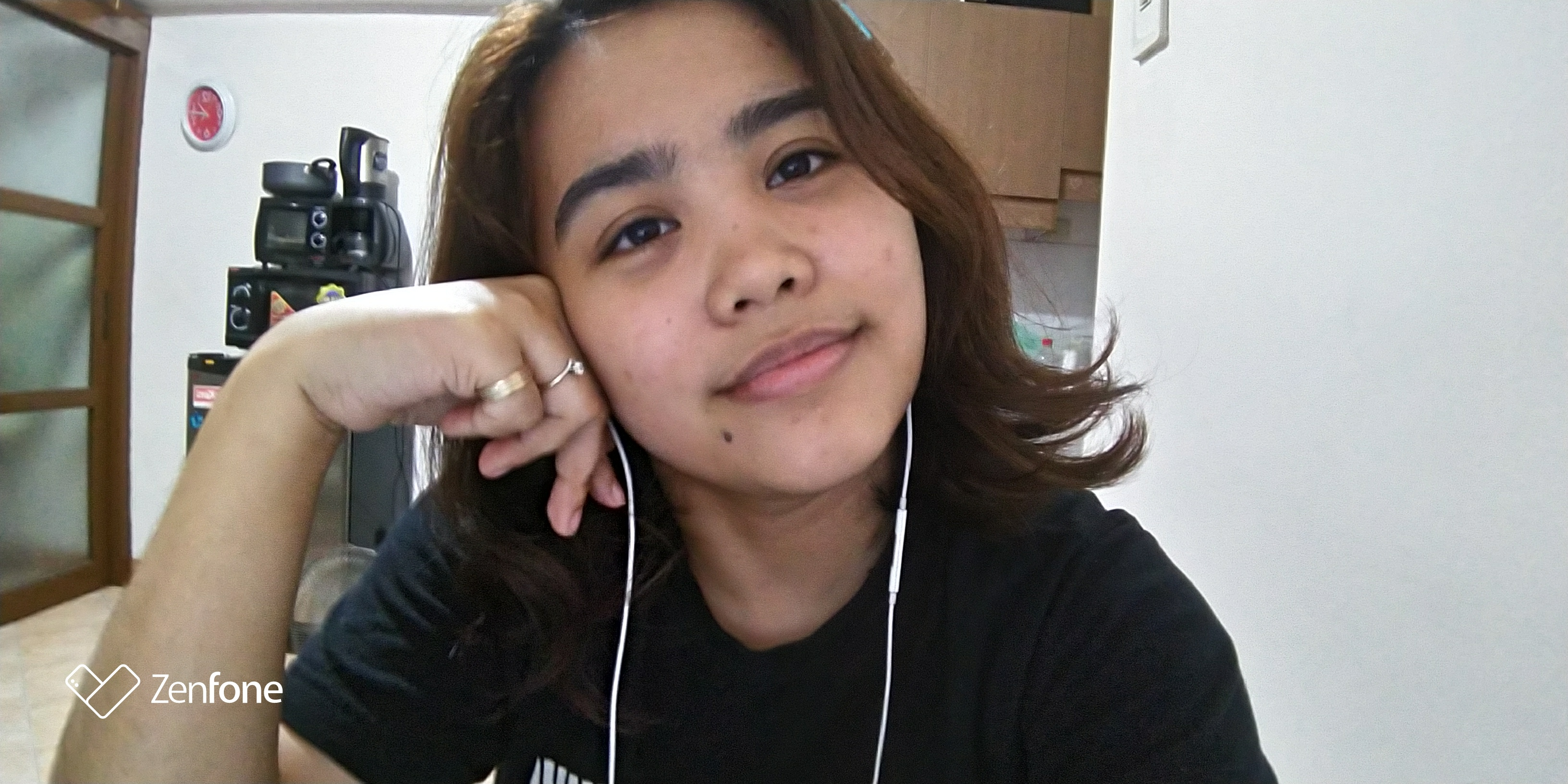 A bare-faced selfie for the Self-Love Project.