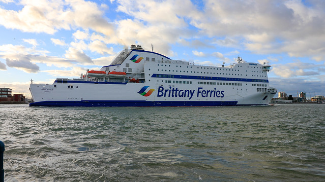 Brittany Ferries Amorique in, Canon EOS 80D, Canon EF-S 10-18mm f/4.5-5.6 IS STM
