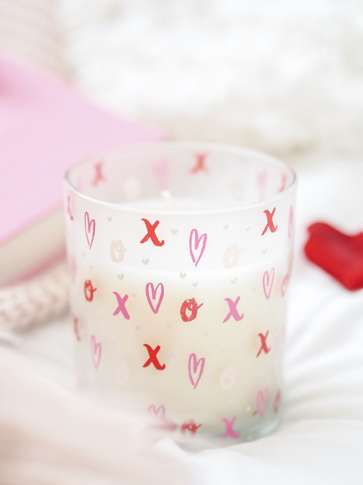CANDLE valentines day B & M