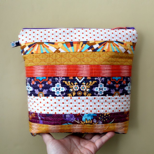 Aura Zipper Pouch Bag