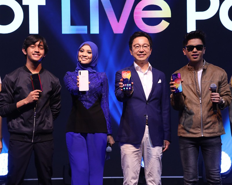 SAMSUNG 'Era of Live' with the Galaxy A50 and Galaxy A30