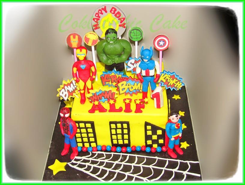 Cake The Avengers ALIF 15 cm