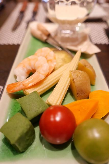有機野菜の冷たいチーズフォンデュ 白みそ仕立て