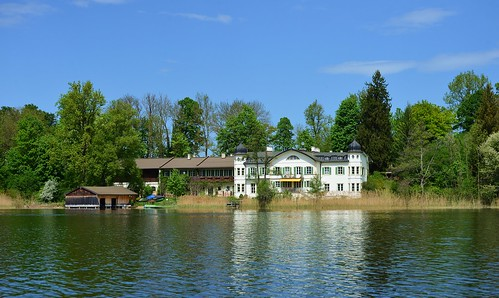 Seehausen - Estate on Wörth Island