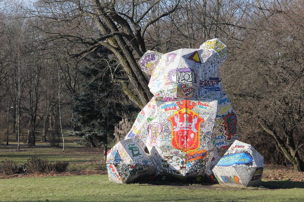 The Bear, Praga (Warsaw Street Art Tour)