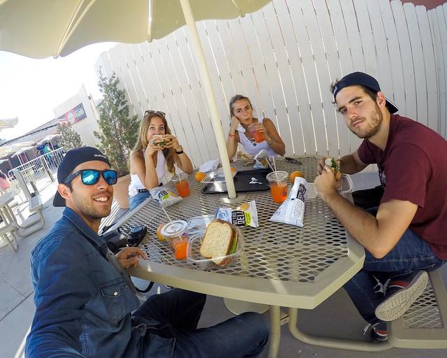 Almuerzo durante la excursión al skywalk del Gran Cañón