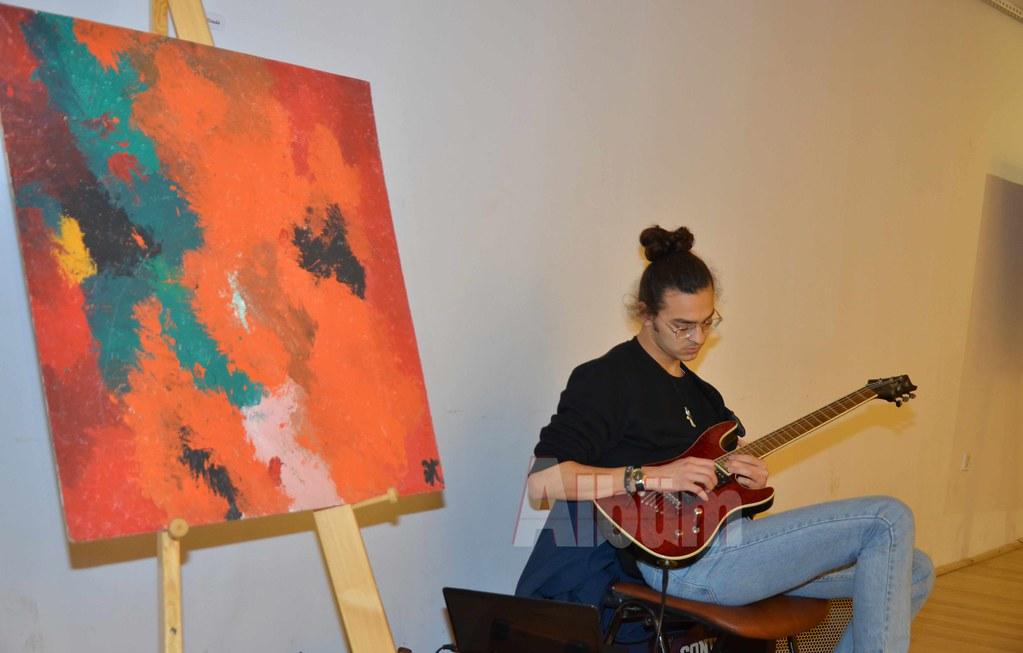 Azerili ressamlar Alanya'da sergi açtı