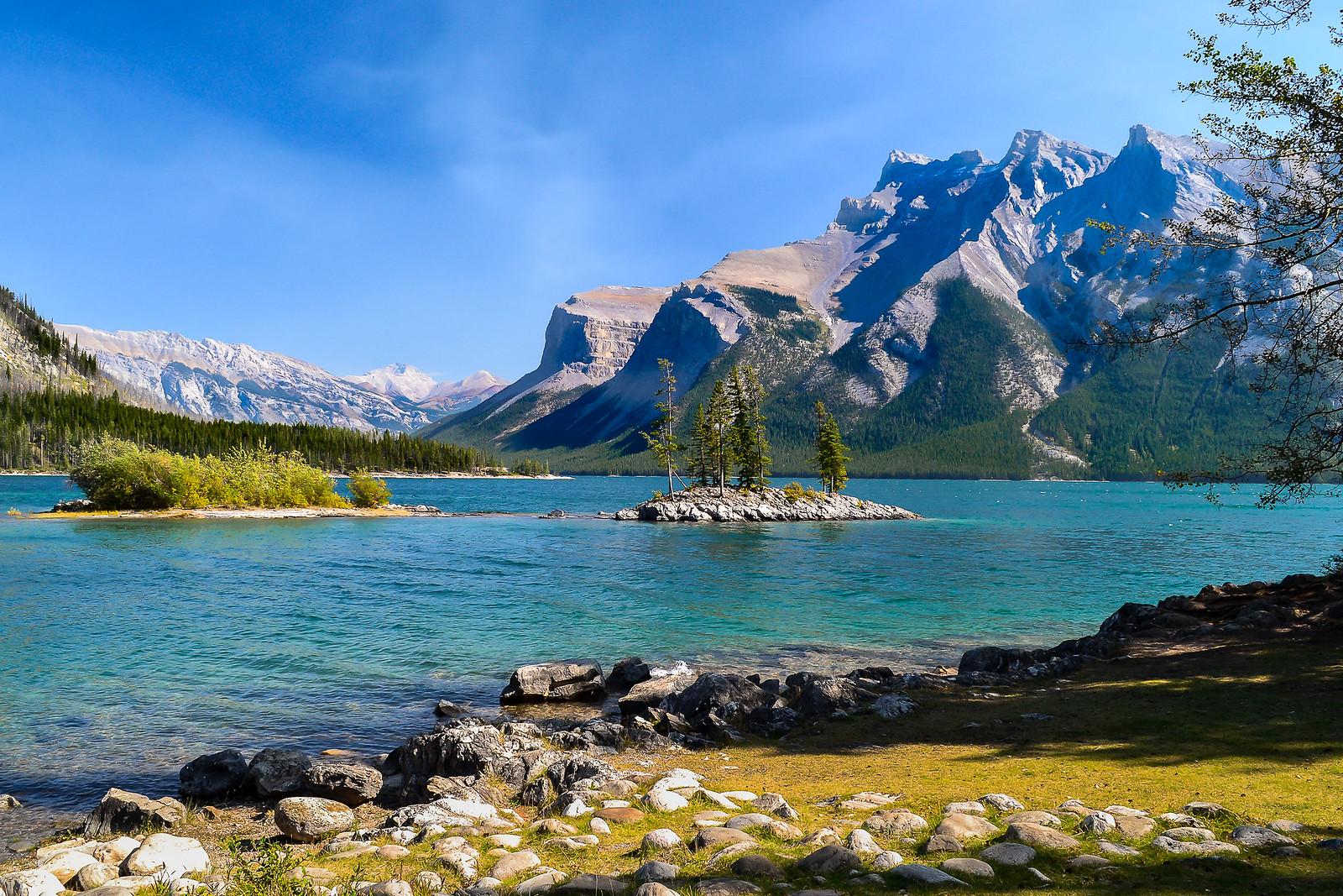 Lac Minnewanka, Alberta 32477111577_a2a54b51f2_h