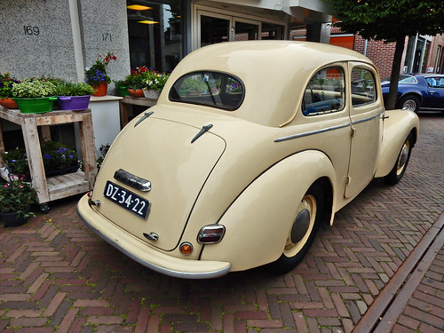 Skoda 1102 Tudor 1950 (N1966)