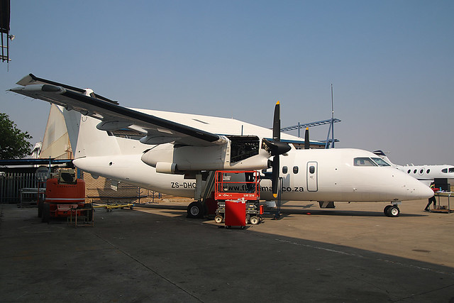 ZS-DHC