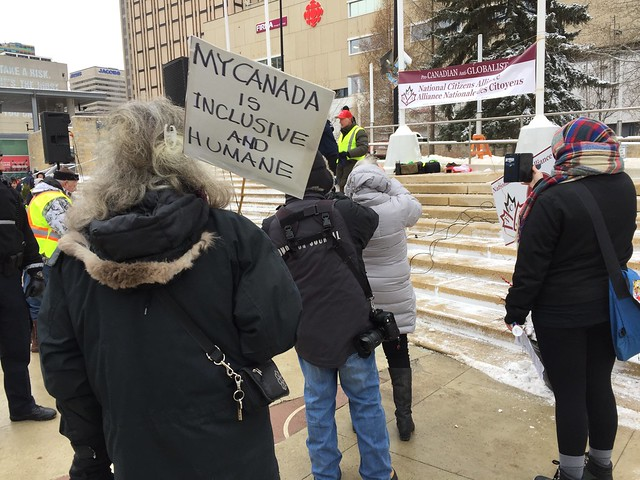 Yellow Vests & Counter-Protesters - Edmonton, Jan. 5 2019