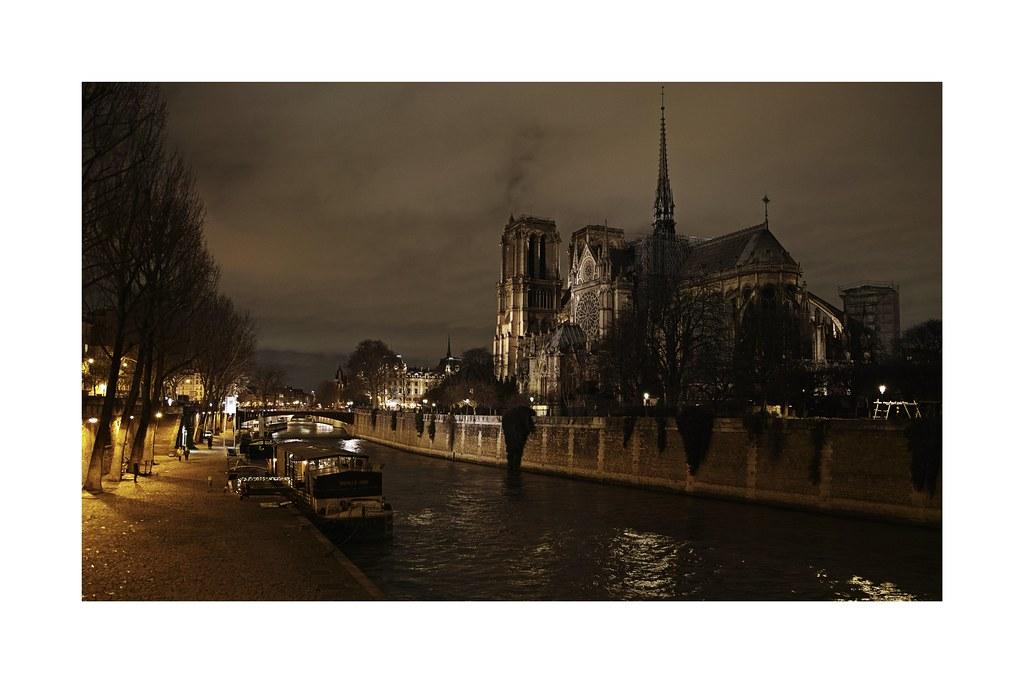 Quelques images de Paris... 47001800812_6f0c7b5e00_b