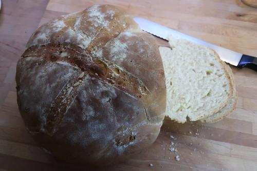 Frisch gebackenes Kanarisches Weißbrot