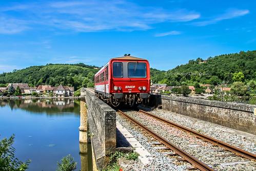 28 mai 2009 x 2246 Train 865746/5 Libourne -> Sarlat Calès (24)