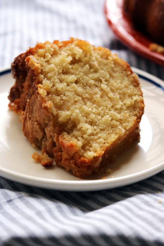 Kentucky Bourbon Bundt Cake