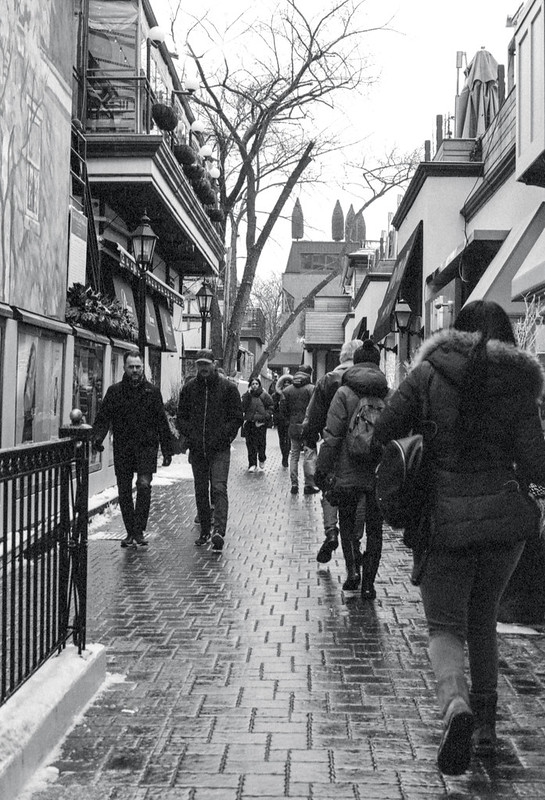 Crowded Yorkville Alley