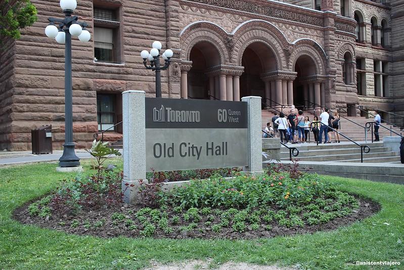 Toronto City Hall (4)