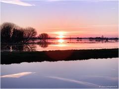 Coucher de soleil dans les marais du Cotentin - Photo of Saint-Jean-de-Daye