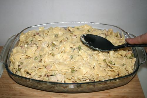 50 - Nudeln glatt streichen / Flatten noodles