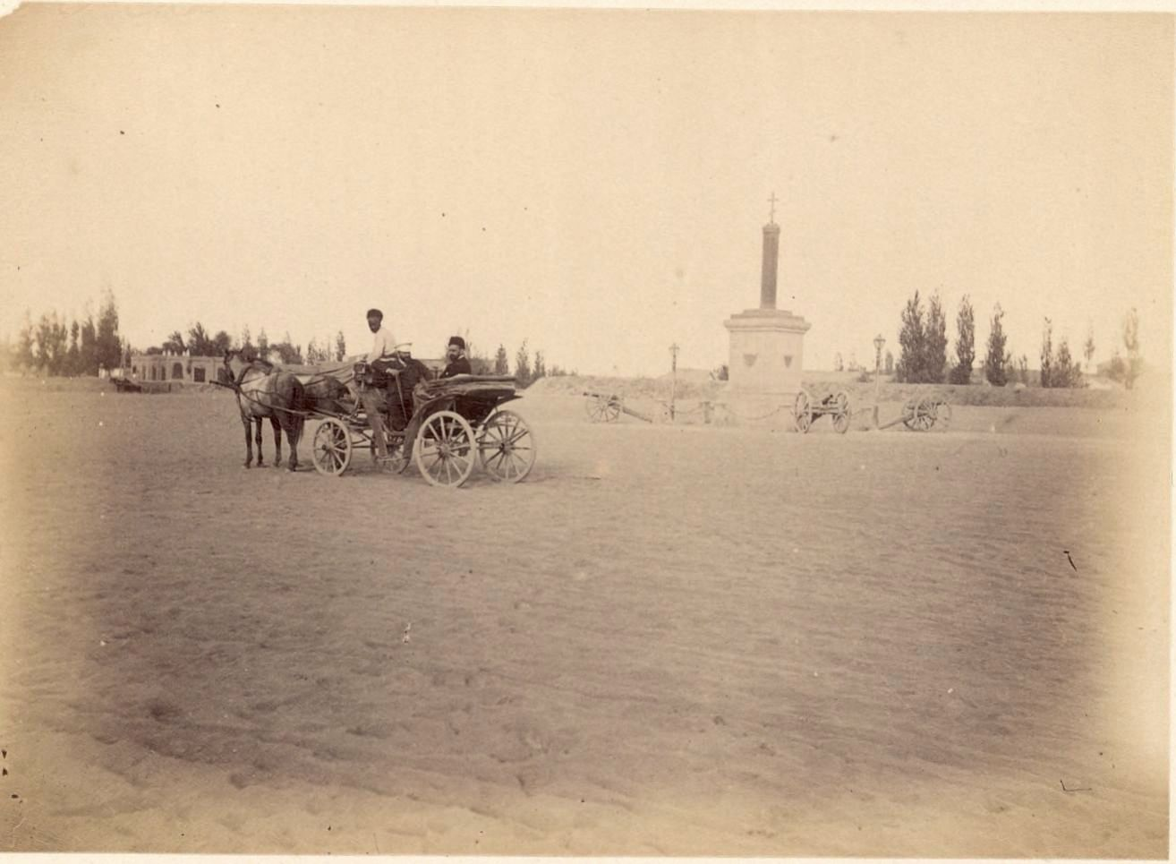 Асхабад.  Скобелевская площадь