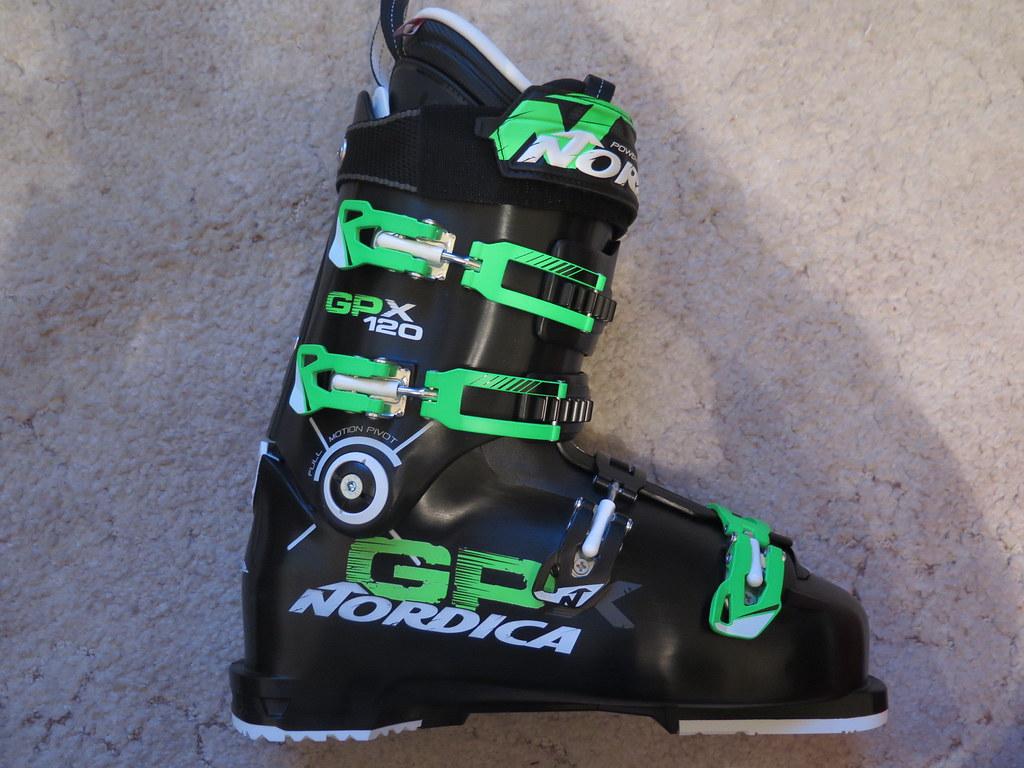 4c8088ff686 sjezdové - boty Nordica - Bazar lyží a lyžařského vybavení - SNOW.CZ