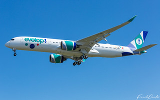 Airbus A350 Evelop Air EC-NBO