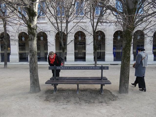 Bancs poèmes Palais royal