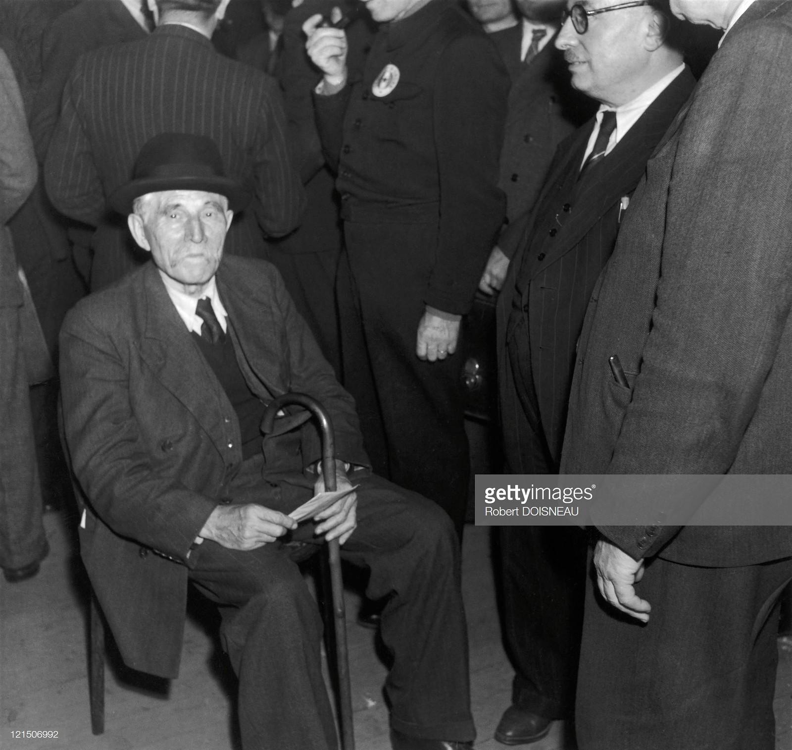 Марсель Кашен (французский коммунист, крупный деятель Социнтерна и Коминтерна) и Жак Дюкло (руководитель Французской компартии, сподвижник и фактический преемник Мориса Тореза)