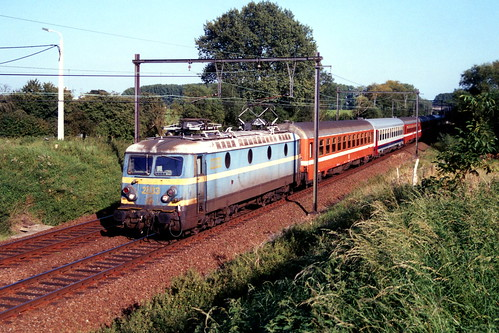 B2203-2270-31-08-2005