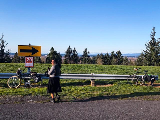 Today was another good day for riding around Portland on three speeds. #raleighsuperbe #societyofthreespeeds Emee Pumarega