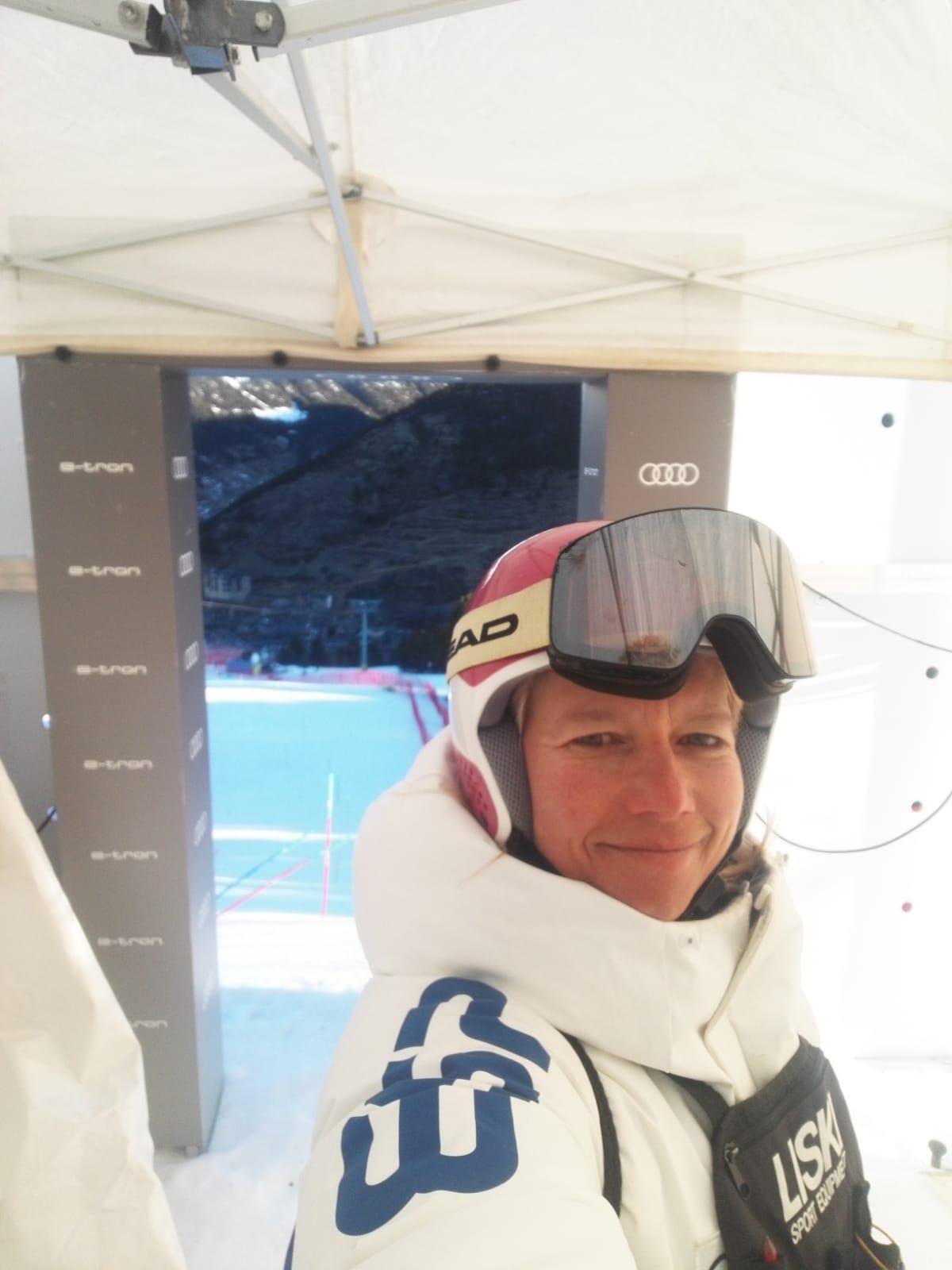 Judith Lluent, DT de la FIS para las finales