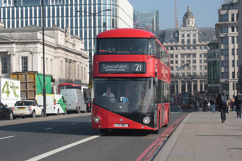 Go-Ahead London LT867 LTZ1867