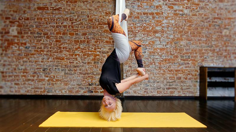 Aerial Yoga - Joga w Chustach