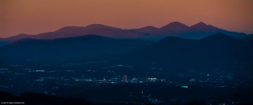 sky mountain nature outdoor 2019 virginia roanokevalley roanokecounty nikond500 bluehour goldenhour mountains outdoors air sunset dusk twilight travel winter grouped commented favorited