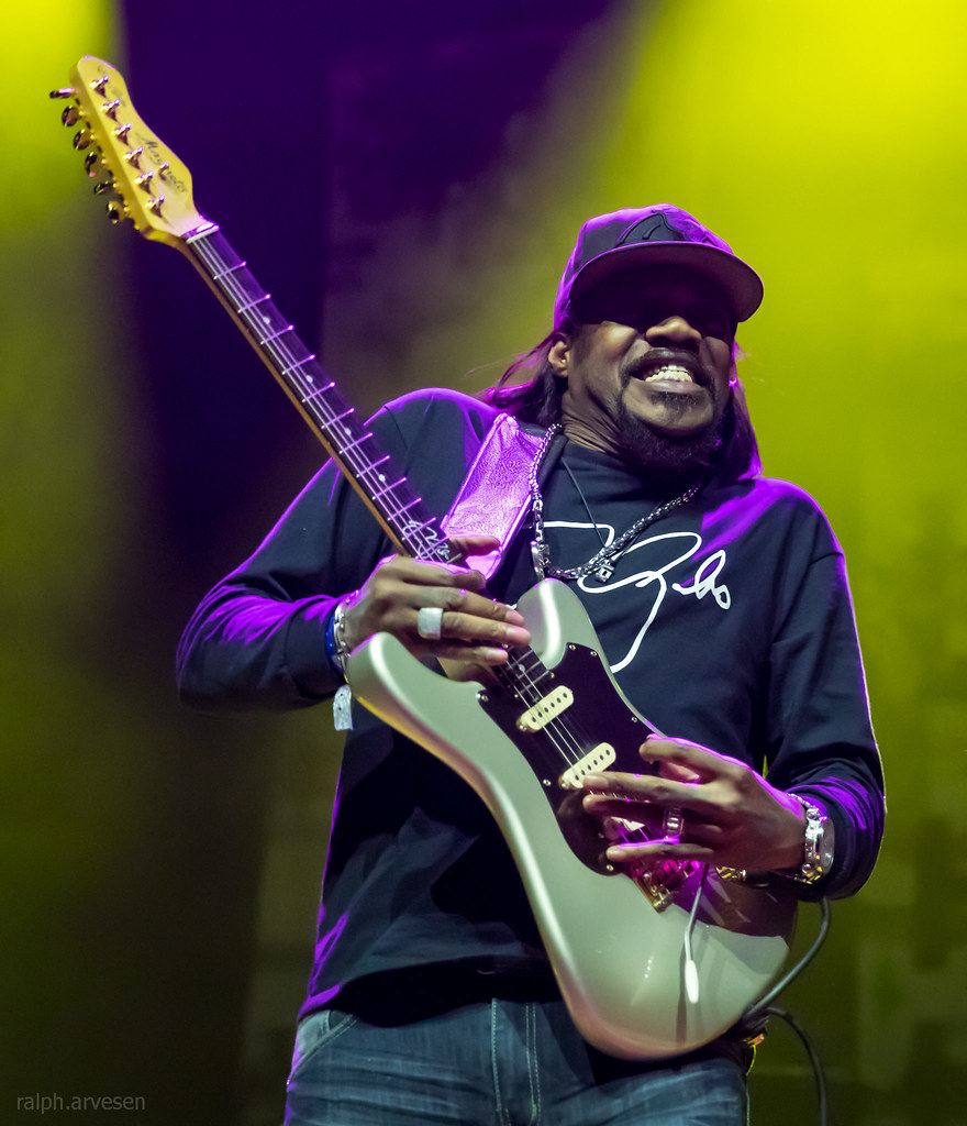 Eric Gales | Texas Review | Ralph Arvesen