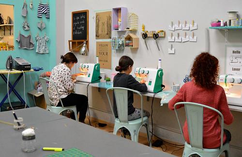 taller costura iniciació