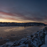 15. Jaanuar 2018 - 8:15 - Sunrise panorama from the Irondequoit Bay Outlet as it heads into Lake Ontario.