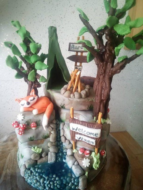 Cake by Danielle White of CakeZilla