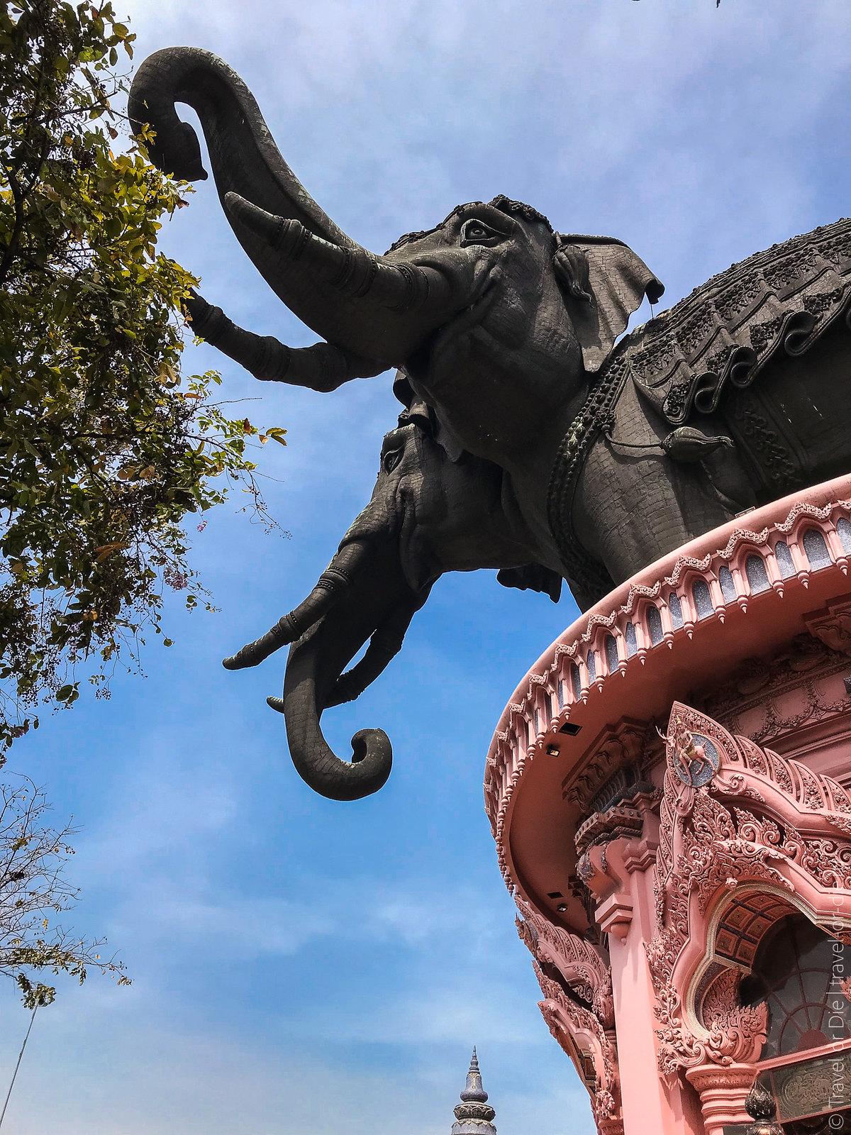 Erawan-Museum-Bangkok-iphone-9648