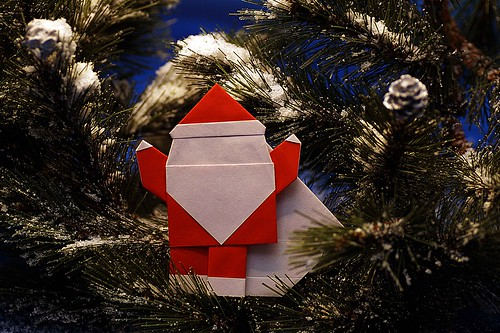 Origami Santa Claus with bag (Taichiro Hasegawa)