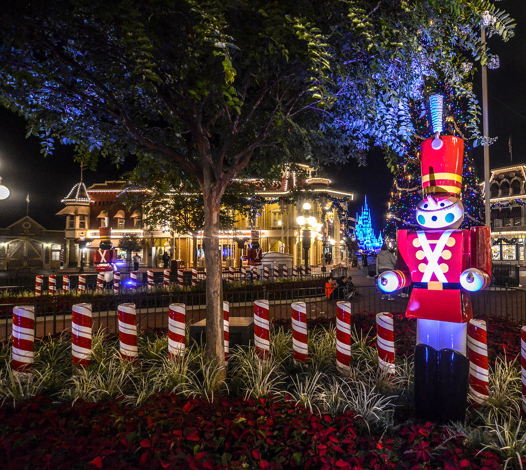 Toy Soldier Main Street Christmas MK