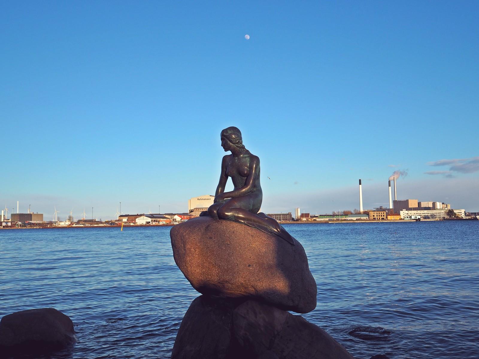 pieni merenneito patsas kööpenhamina tanska